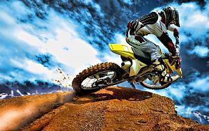 Pulsa en la imagen para verla en tamaño completo  Nombre: Motocross.jpg Visitas: 513 Tamaño: 102.4 KB ID: 1387
