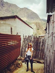 Pulsa en la imagen para verla en tamaño completo  Nombre: actriz_jessica_alba_visita_guatemala_PREIMA20150225_0244_31.jpg Visitas: 688 Tamaño: 26.8 KB ID: 1343