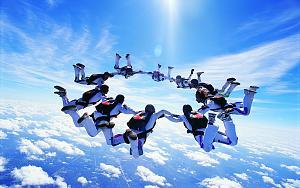 Pulsa en la imagen para verla en tamaño completo  Nombre: Paracaidismo.jpg Visitas: 1071 Tamaño: 96.7 KB ID: 1383