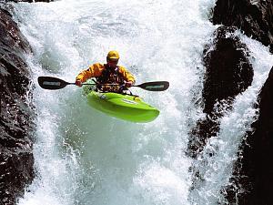 Pulsa en la imagen para verla en tamaño completo  Nombre: Rafting.jpg Visitas: 218 Tamaño: 98.1 KB ID: 1390