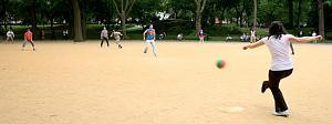 Pulsa en la imagen para verla en tamaño completo  Nombre: kickball.jpg Visitas: 239 Tamaño: 16.8 KB ID: 735