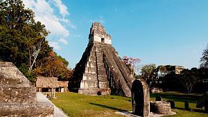 Pulsa en la imagen para verla en tamaño completo  Nombre: Tikal.jpg Visitas: 1130 Tamaño: 101.2 KB ID: 1331