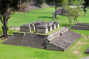 Pulsa en la imagen para verla en tamaño completo  Nombre: ruinas.jpg Visitas: 335 Tamaño: 40.3 KB ID: 1979